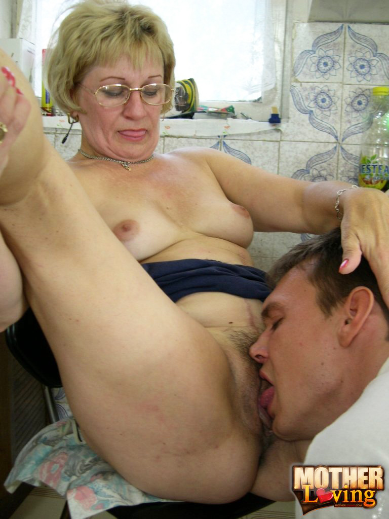 blowjob contest at bachelor party